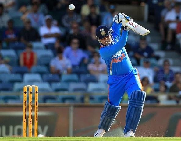 এক ক্যালেণ্ডার ইয়ারে বাউন্ডারির সেঞ্চুরি করা একমাত্র ক্রিকেটার হলেন এই ভারতীয় ব্যাটসম্যান 1