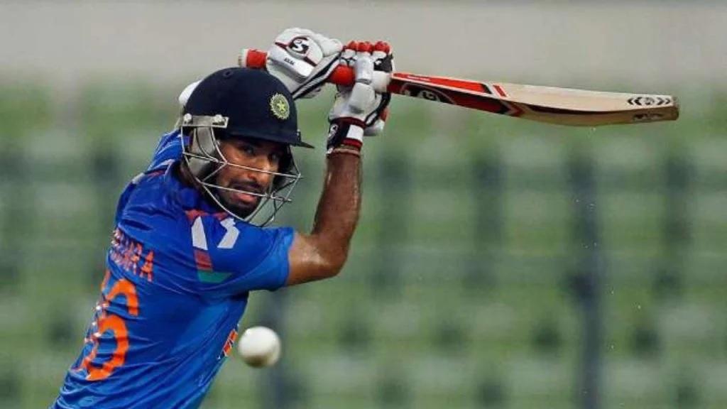 লিস্ট এ-তে ৫৪ গড়ে রান করার পরও এই ভারতীয় ব্যাটসম্যানকে দলে দেওয়া হয়নি জায়গা 2