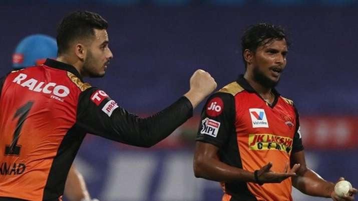 IPL2020: একটা সময় মা করত মজদুরি এখন আইপিএলে নিজের প্রতিভার বিচ্ছুরণ ঘটাচ্ছেন এই খেলোয়াড় 2