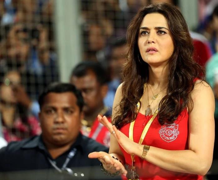 IPL 2020: পাঞ্জাবের জয়ে খুশি প্রীতি জিন্টা ভেঙেছেন ক্রিকেটের এই বড়ো নিয়ম 2