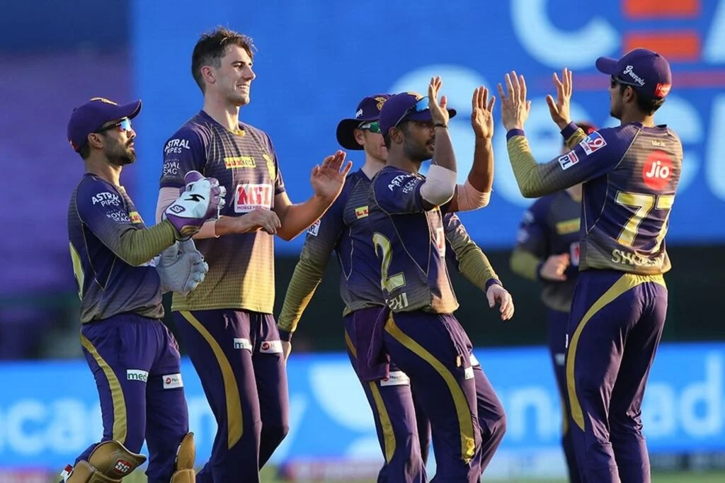 IPL 2020: কেকেআরের লজ্জাজনক হারের পর ব্রেন্ডন ম্যাকালাম জানালেন কোন চতুর্থ দল প্লে অফে জায়গা করবে 1