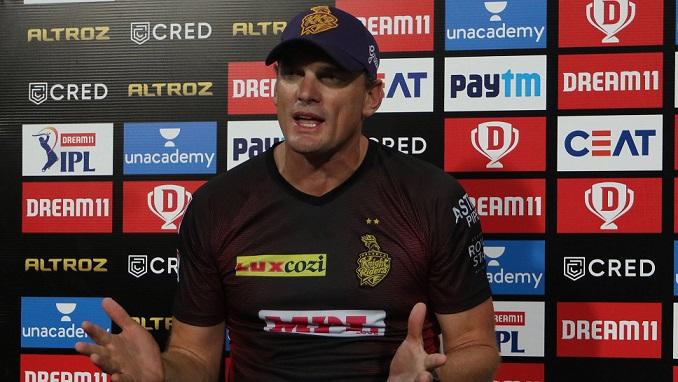 IPL2020: কেকেআরের বোলিং কোচ জানালেন কেনও চেন্নাইয়ের বিরুদ্ধে প্রথম একাদশের বাইরে ছিলেন কুলদীপ যাদব 1