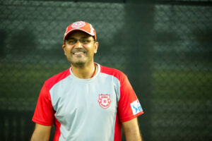 TOP 9 : নয় ভারতীয় ক্রিকেটার যারা আইপিএলে নেতৃত্ব দিয়েছে দুটো দলকে 5
