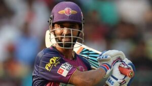 TOP 9 : নয় ভারতীয় ক্রিকেটার যারা আইপিএলে নেতৃত্ব দিয়েছে দুটো দলকে 10