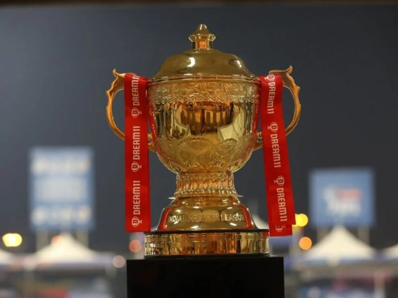 IPL2020: হর্ষ ভোগলে খেলোয়াড়দের নয় বরং এদের সম্মানিত করার তুললেন গুরুত্বপূর্ণ দাবী