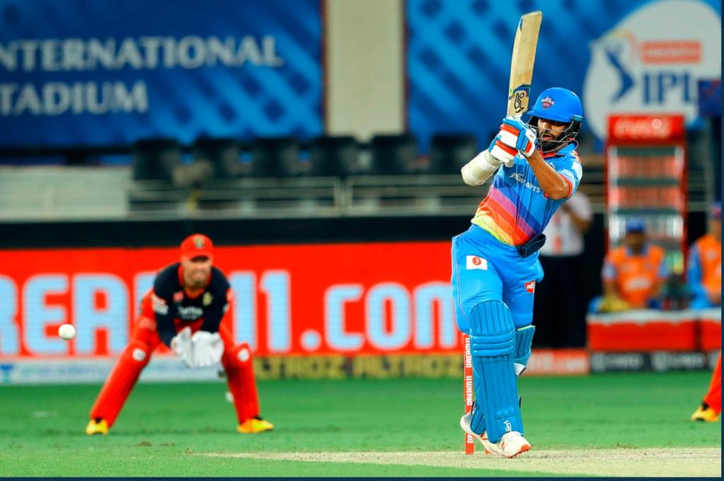 IPL2020: মুম্বাই ইন্ডিয়ান্সের বিরুদ্ধে প্লে অফ ম্যাচে শিখর ধবন তুলতে চান এই ব্যাপারে ফায়দা 3