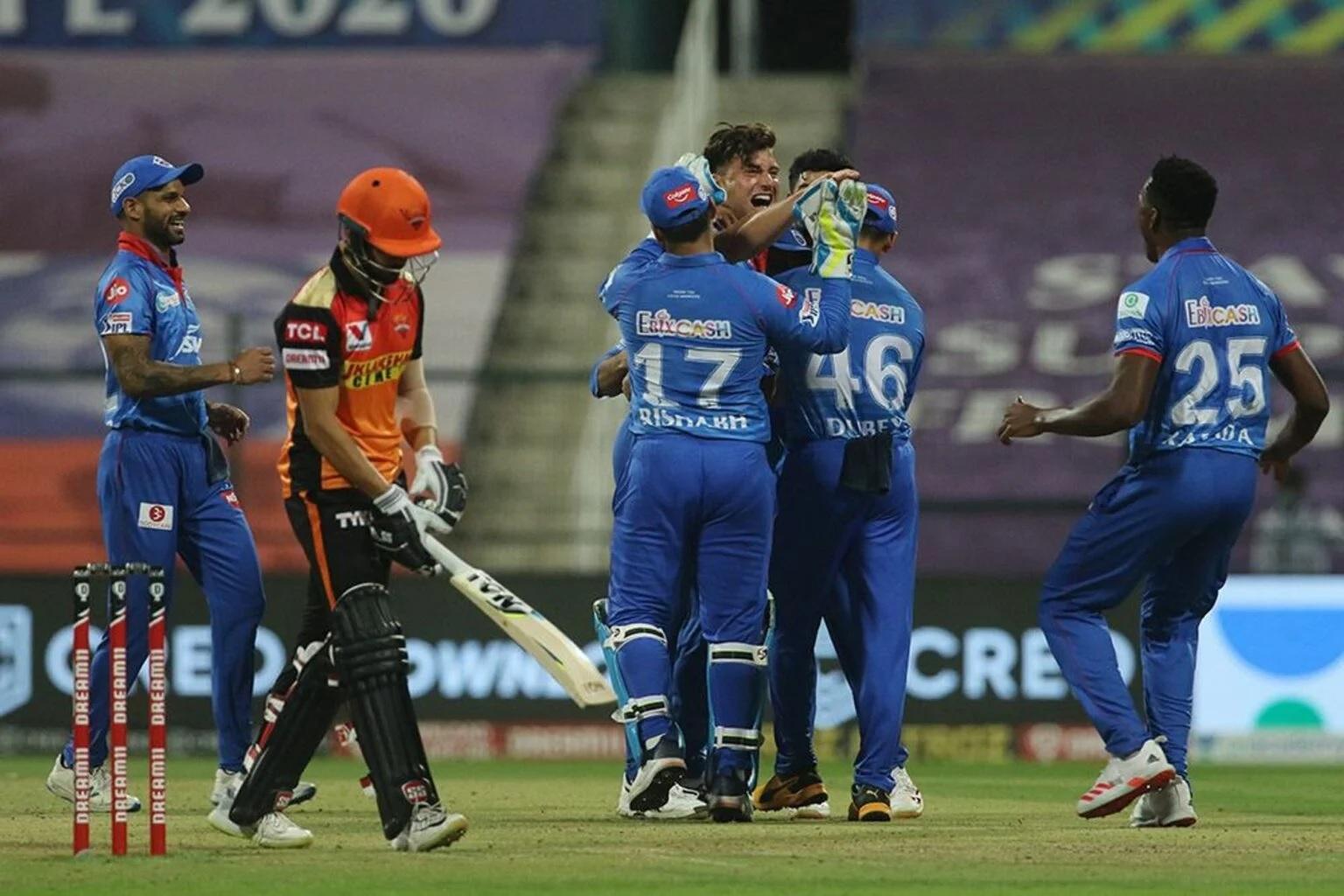 DCvsSRH: হায়দ্রাবাদকে ১৭ রানে হারিয়ে দিল্লির দল প্রথমবার উঠল ফাইনালে 3