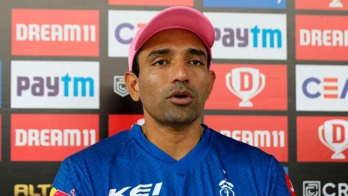 IPL2021: রবিন উথাপ্পার দলে আসায় ক্ষুব্ধ সিএসকে সমর্থকরা, টুইটারে তুললেন বাদ দেওয়ার দাবী 1