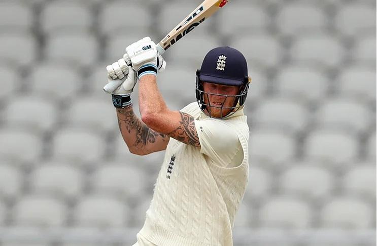 টেস্ট ক্রিকেটের একমাত্র খেলোয়াড় যিনি ৩০০ উইকেট নেওয়ার পাশাপাশি মেরেছেন ৭০টি ছক্কাও 5