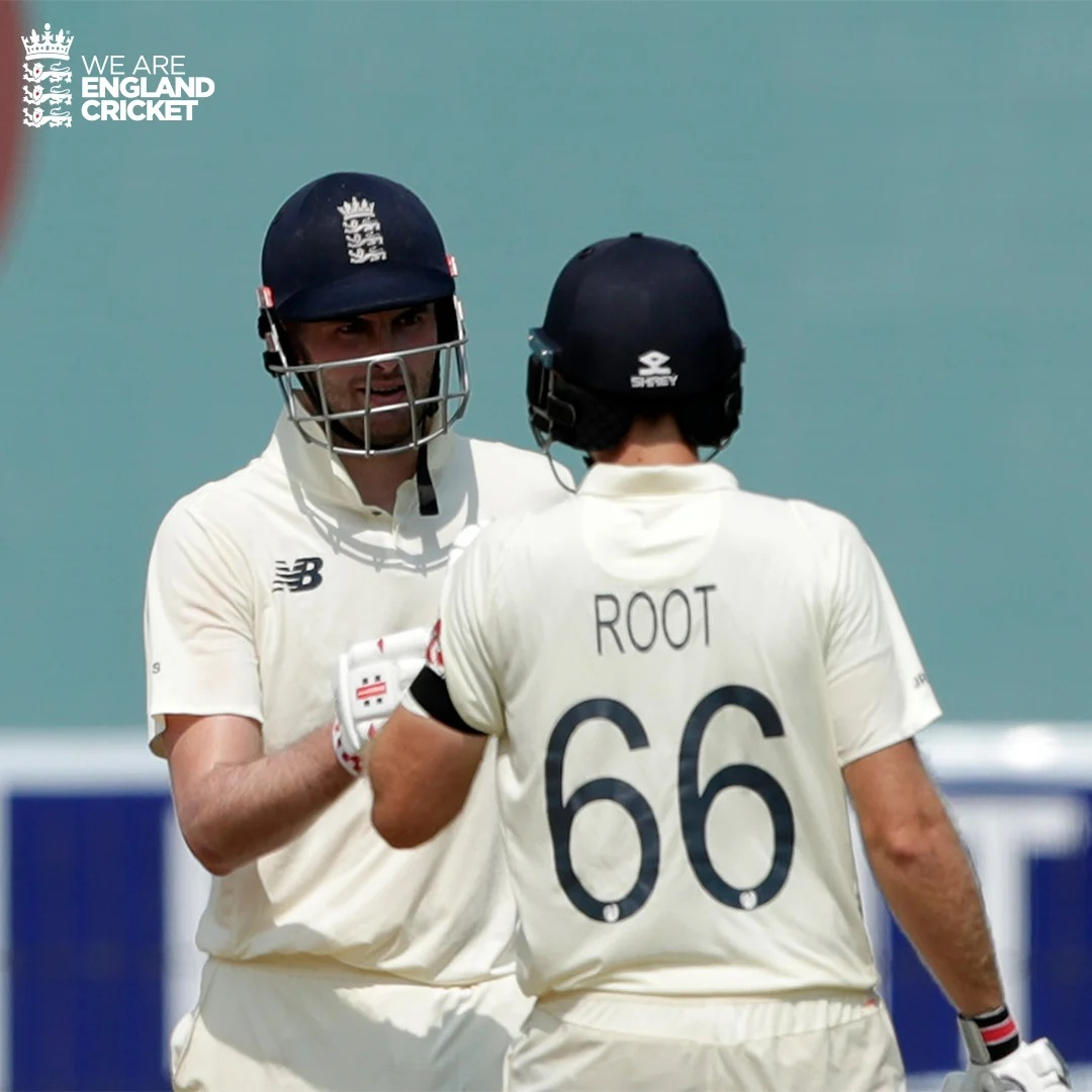 INDvaENG: এই কারণে প্রথম টেস্টে কালো ব্যান্ড পড়ে খেলছে ইংল্যান্ডের দল 1
