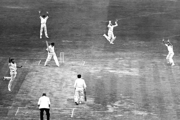 ক্রিকেট জগতের জন্য খারাপ খবর,ভারতের বিরুদ্ধে ডেবিউ টেস্টে সেঞ্চুরি করা এই তারকার প্রয়াণ 2