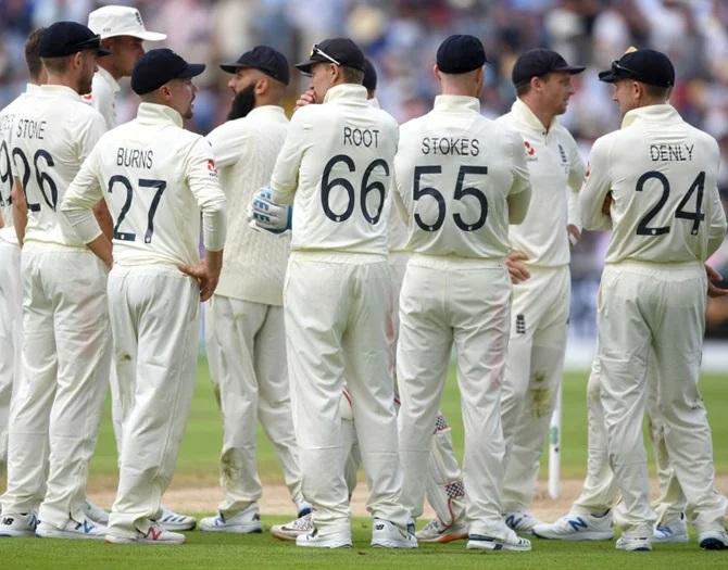 INDvsENG: প্রথম টেস্টে হল ১৫টি রেকর্ড, বিরাট নিজের নেতৃত্বে গড়লেন এই ভীষণ লজ্জাজনক রেকর্ড 3