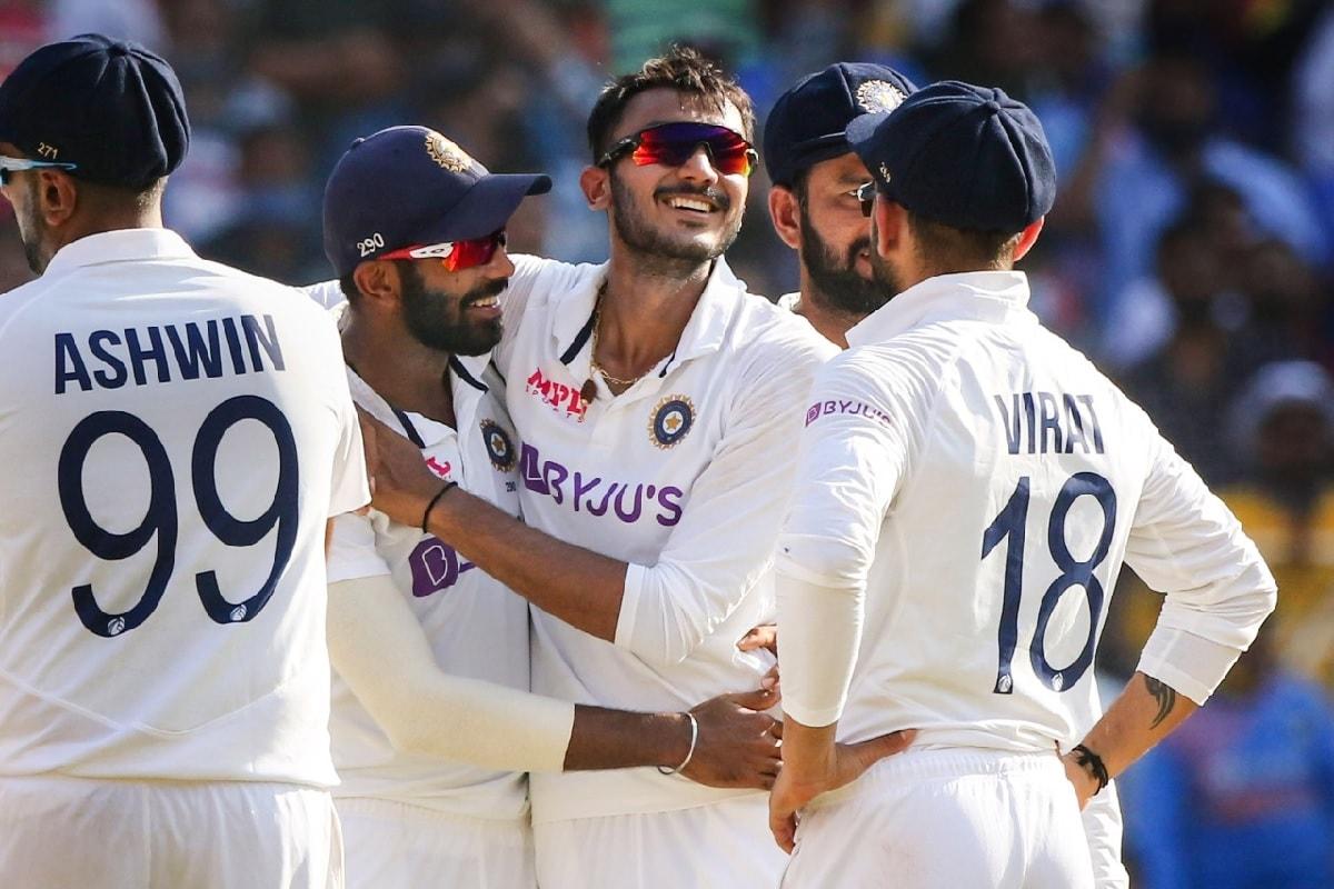কেরিয়ারের দ্বিতীয় টেস্টেই ম্যাচের সেরার শিরোপা, 'ঘরের ছেলে' অক্ষর আবেগে ভেসে জানালেন নিজের অভিব্যক্তি 4