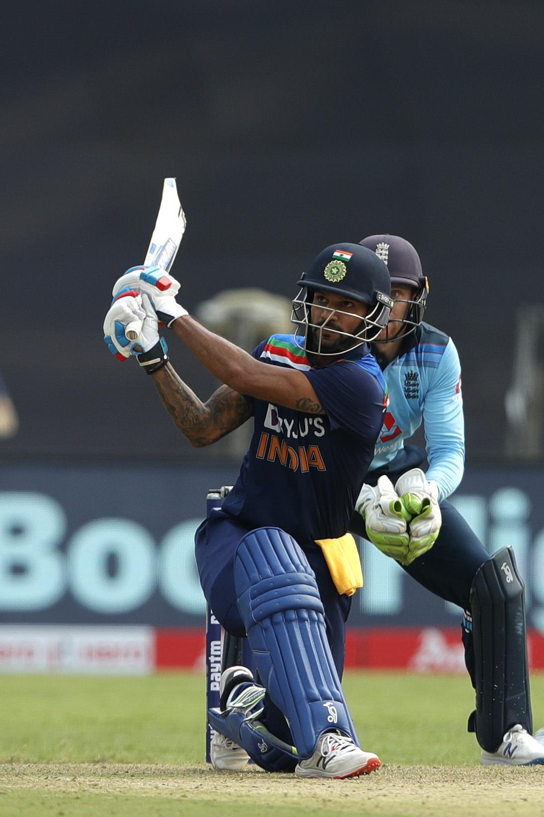 ভারতীয় দল ইংল্যান্ডকে দিল ৩১৮ রানের লক্ষ্য, কেএল আর ক্রুণাল দেখালেন বিক্রম 1