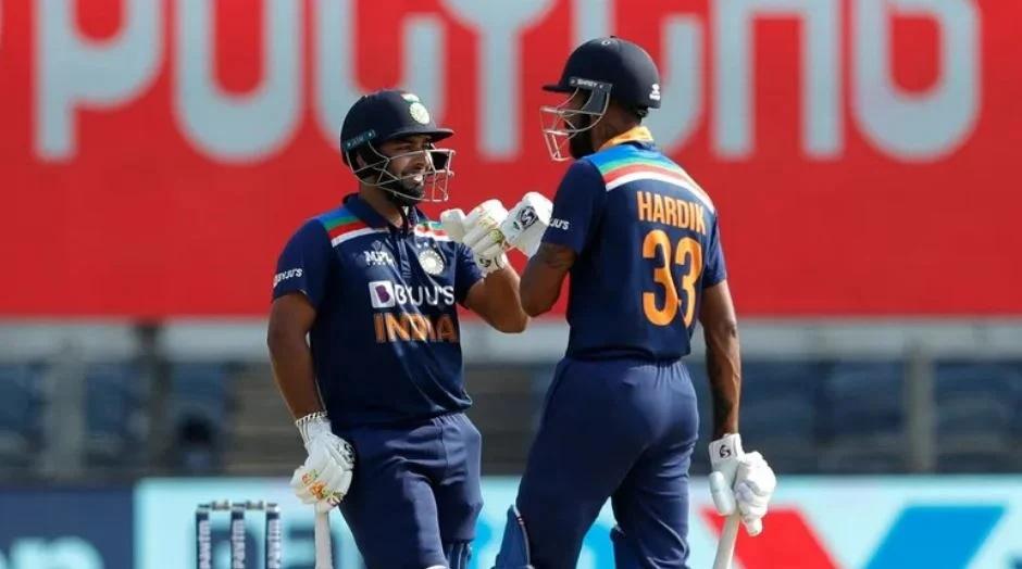 INDvsENG: ভারত নির্ণায়ক ম্যাচে ইংল্যান্ডকে হারাল ৭ রানে, রোহিত কোহলির এই বোঝাপড়ায় জিতল ভারত 2
