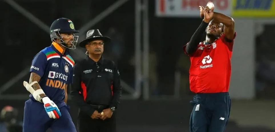 INDvsENG: লজ্জাজনক হারের পর এই ভারতীয় খেলোয়াড়কে টি-২০ ক্রিকেট থেকে বাদ দেওয়ার দাবী উঠল 2