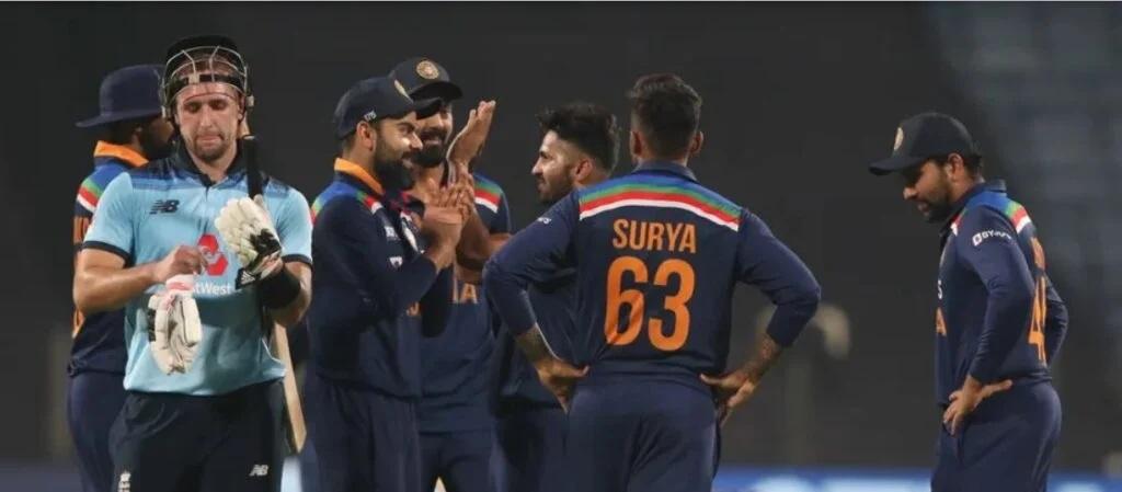 INDvsENG: ভারত নির্ণায়ক ম্যাচে ইংল্যান্ডকে হারাল ৭ রানে, রোহিত কোহলির এই বোঝাপড়ায় জিতল ভারত 3