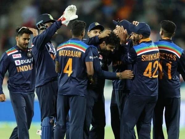 দ্বিতীয় টি-২০তে স্লো ওভার রেটের কারণে ভারতীয় দলের উপর লাগল জরিমানা, দিতে হব এত টাকা 3