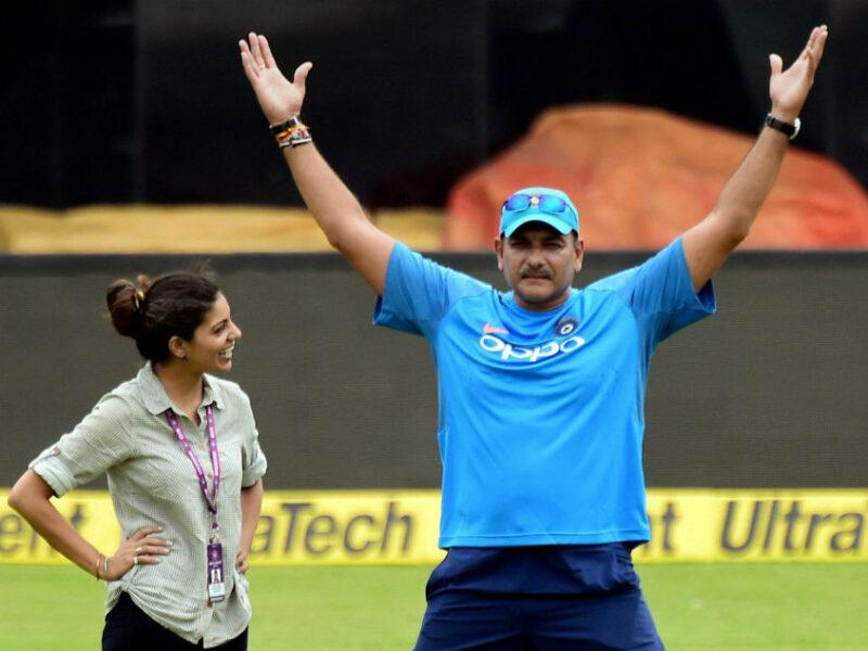 অশ্বিন-অক্ষর নয়, এই ভারতীয় ক্রিকেটারের প্রশংসায় মাতলেন রবি শাস্ত্রী, বললেন পরিশ্রমের ফল পেয়েছেন 7