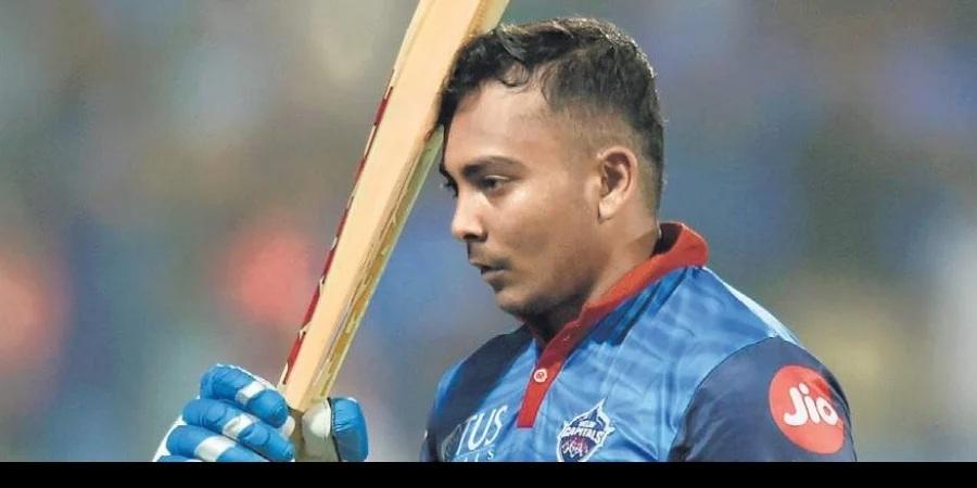 পৃথ্বী শ সিএসকের বিরুদ্ধে খেলেছেন ৭২ রানের ইনিংস, তাও ভারতীয় দলে ফেরার আশা নেই