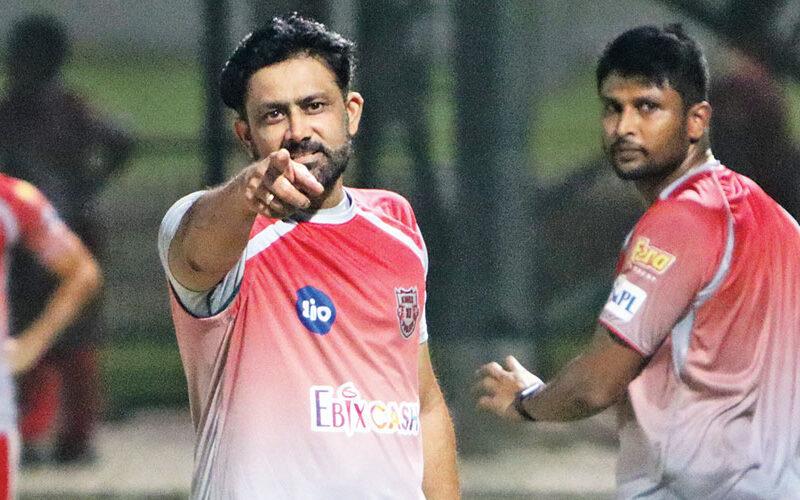 পাঞ্জাব কিংসের তরুণ এই ক্রিকেটারকে পোলার্ডের সাথে তুলনা করলেন হেড কোচ অনিল কুম্বলে 5