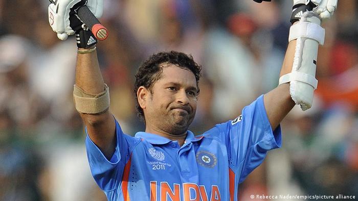 ৫জন ব্যাটসম্যান আন্তর্জাতিক ক্রিকেটের ৩টি ফরম্যাটে সর্বোচ্য রান করেছেন 1