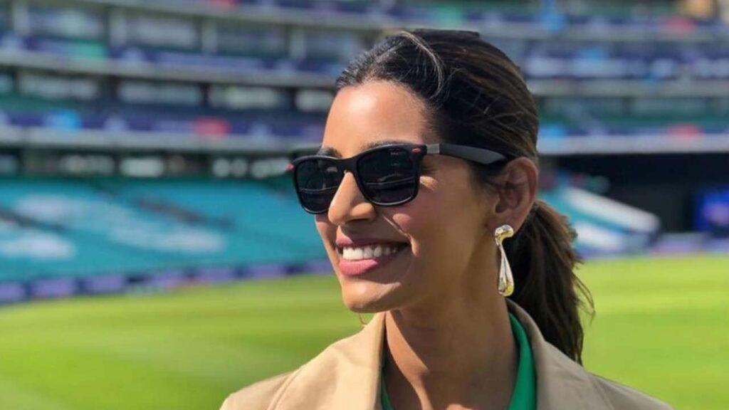 প্রথম দিনের খেলা ভেস্তে যাওয়াতে কি বললেন ভারতীয় ক্রিকেটারদের স্ত্রীরা, জেনে নিন 4