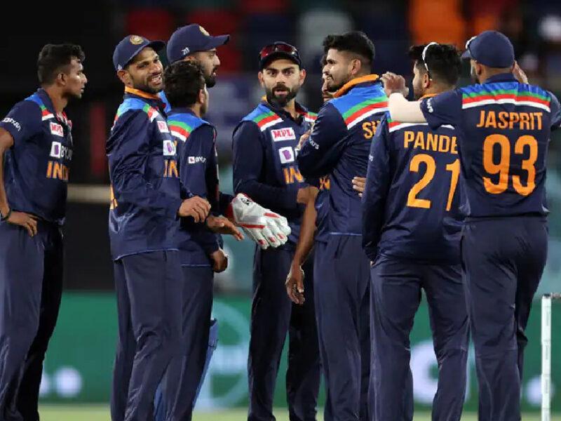 প্রথম ওয়ানডেতে কেমন একাদশ নিয়ে শ্রীলঙ্কার বিরুদ্ধে নামবে ভারত? দলে অফ ফর্মে থাকা এই ক্রিকেটার 7