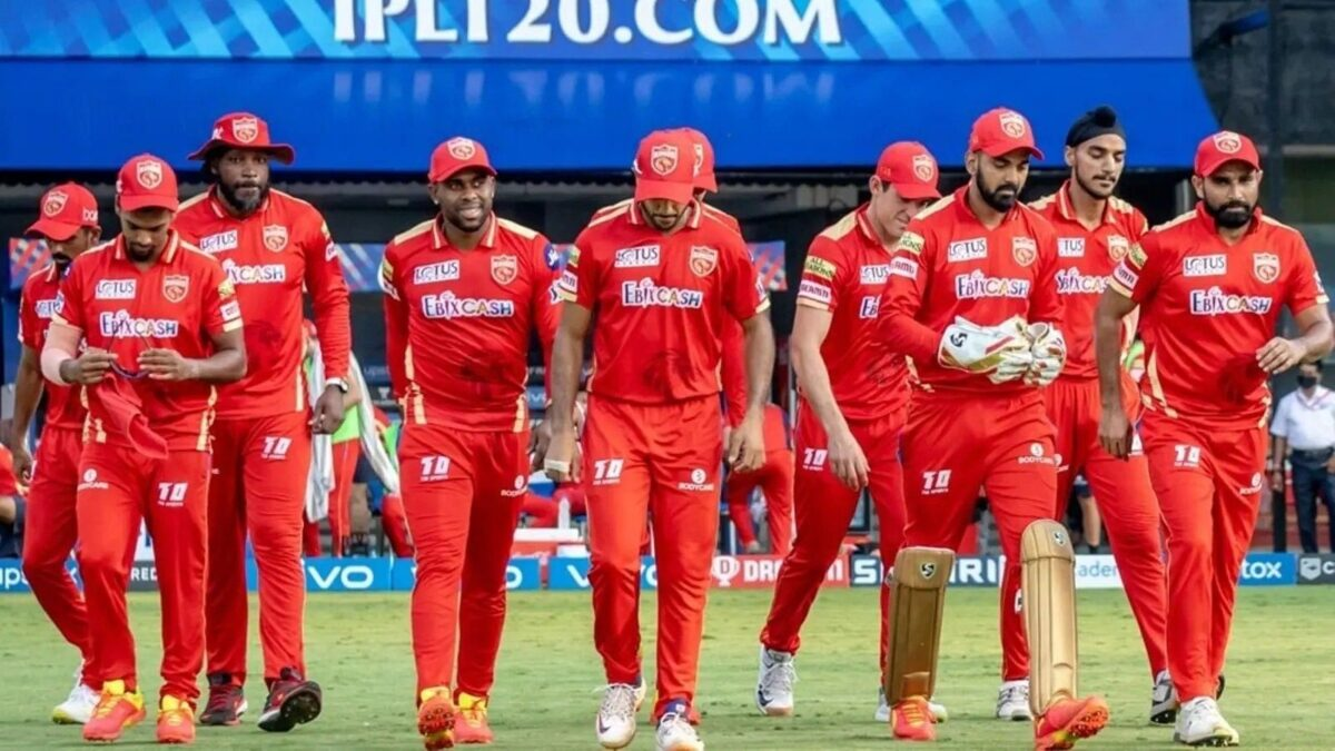 IPL 2021: আরসিবির বিরুদ্ধে মরণবাঁচন ম্যাচে এই সুপারস্টারকে দলে ফিরিয়ে আনছে পাঞ্জাব কিংস 1