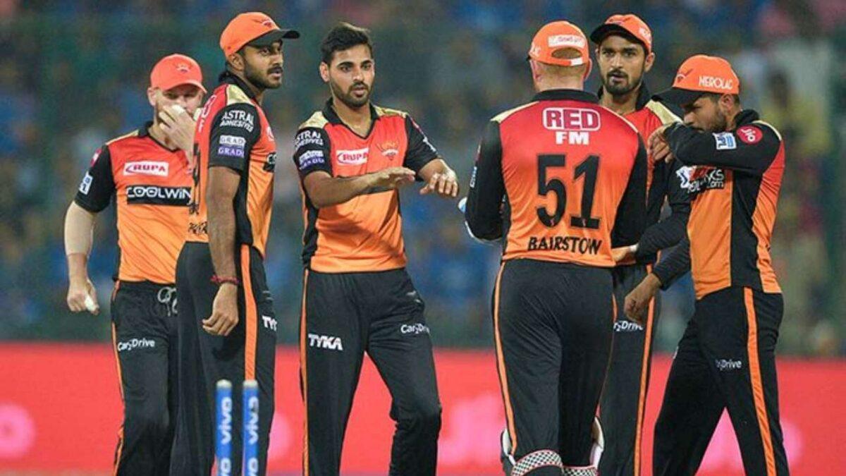 IPL 2021: দিল্লির বিরুদ্ধে জিতে টুর্নামেন্টে টিকে থাকতে এই শক্তিশালী একাদশ নিয়ে নামবে হায়দ্রাবাদ, দলে ফিরছেন এই তারকা 1
