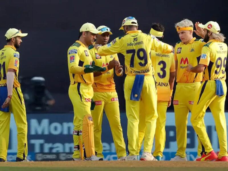 IPL 2021 : আরসিবির বিরুদ্ধে জয়ের ধারা বজায় রাখতে দলে এই সুপারস্টারকে ফিরিয়ে আনছে চেন্নাই সুপার কিংস 1