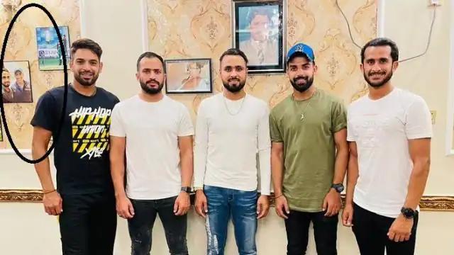 তারকা পাক ক্রিকেটার ফাহিম আশরাফ বাড়িতে সাজিয়েছেন এই ভারতীয় ক্রিকেটারের ছবি, খুশি ভক্তরা 1