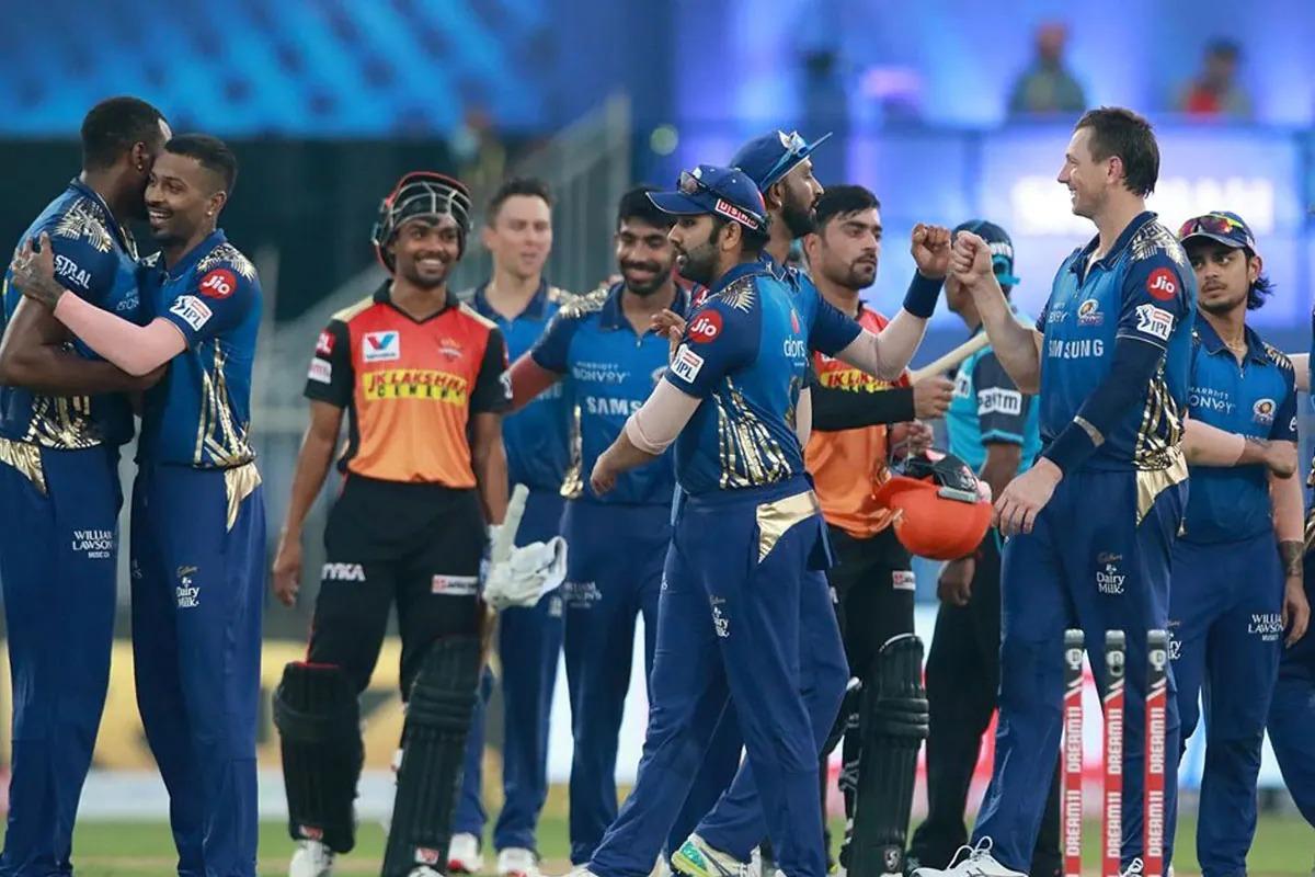 IPL 2021; MI vs SRH: টসে জিতে প্রথমে ব্যাটিং করার সিদ্ধান্ত নিলেন রোহিত শর্মা, মুম্বাই টিমে প্লে অফের শেষ সুযোগে এই দুর্দান্ত ক্রিকেটার সামিল 1