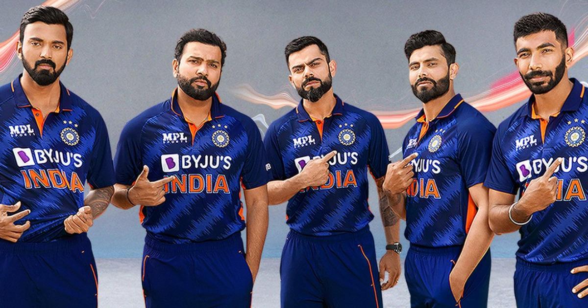 T20 World Cup 2021: আগামী বিশ্বকাপের জন্য টিম ইন্ডিয়ার জার্সি উন্মোচন করলো বিসিসিআই ! 1