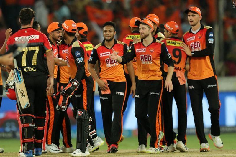 IPL 2021; SRH vs RCB: শক্তিশালী ব্যাঙ্গালোরের বিরুদ্ধে এই অনভিজ্ঞ খেলোয়াড়দের আবারও সুযোগ দিচ্ছে সানরাইজার্স হায়দ্রাবাদ 1